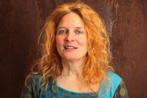 Monika Timme Focusing. Foto der sympathischen Focusing Trainerin Monika Timme-Hafner
